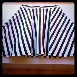 bebe striped polyester full mini skirt
